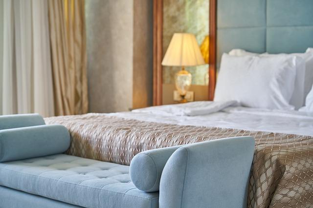 Hotellin sänky.